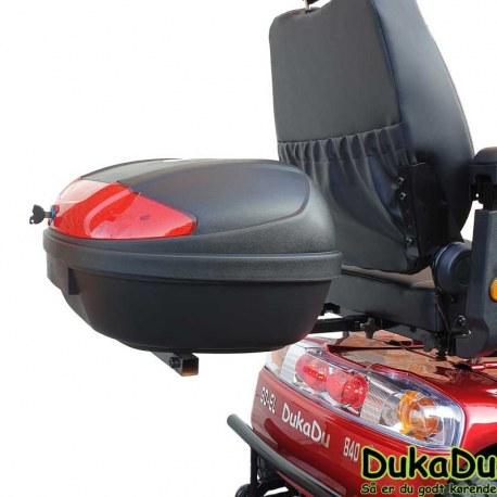 Bagageboks med lås til el scooter i standart beslag under sæde bund